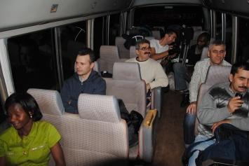 _5 din avion in buss
