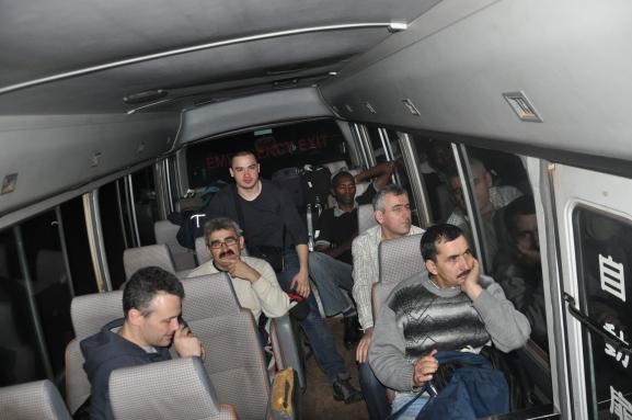 _7 din avion in buss